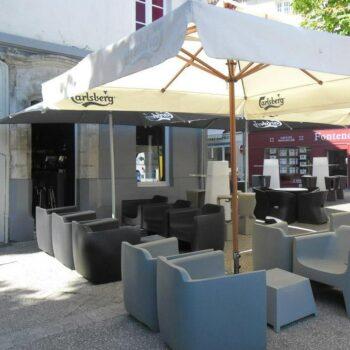 designer-gartenmobiliar-hotel-gastronomie-objekt--kunststoff-qui-est-paul-translation-4