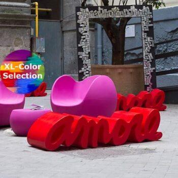 outdoor-design-moebel-schriftzug-bank-amore-blos-by-slide