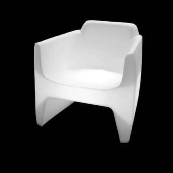 qui-est-paul-translation-armchair-light-1