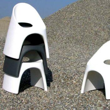 slide-design-amelie-objekt-stuhl--stapel