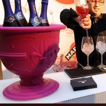 slide-design-of-love-pot-pink