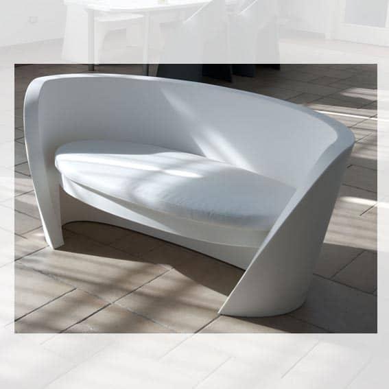 slide rap sofa elegant geschwungener wohlf hlplatz in outdoor. Black Bedroom Furniture Sets. Home Design Ideas