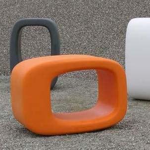 design-modul-moebel-kunststoff-messe-event-lounge-lazy-bones