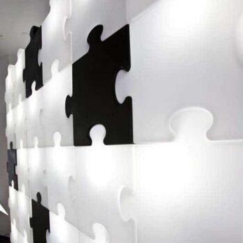 messe-design-trennwand-modul-beleuchtet-slide-puzzle