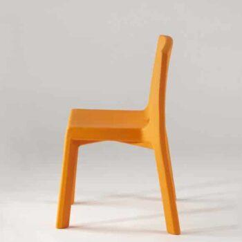 slide-objekt-stapel-stuhl-q4-in-outdoor
