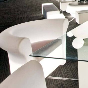 slide-italy-kalla-light-designer-sessel-beleuchtet
