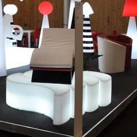 slide-wave-designer-bank-4x-beleuchtet