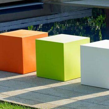 kunststoff-sitzwuerfel-design-40-50-cm-in-outdoor-farbwahl-1