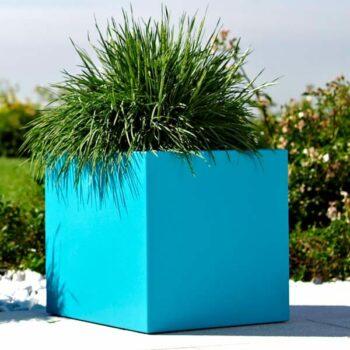 pflanzkasten-kubus-cube-kube-quadratisch-40-50-kunststoff-tuerkis