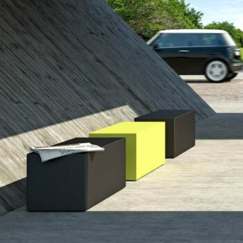 sitzwuerfel-bank-kunststoff-outdoor-farben