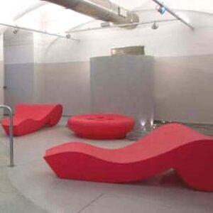 slide-design-moebel-rococo-designer-liege-kunststoff