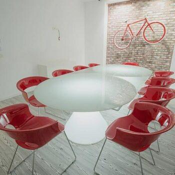 exklusiver-beleuchteter-glas-tisch-slide-design-ed-2-1