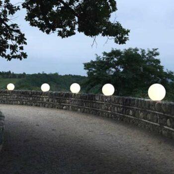 gartenbeleuchtung-leuchtkugel-kugelleuchte-groesse-bis-100-200-cm