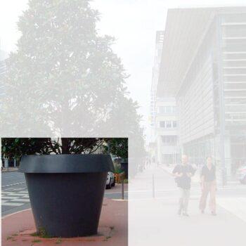 grosse-xxl-pflanzgefaesse-objekt-kommune-slide-monster-pflegeleicht-bruchfest-witterungsstabil