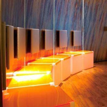 hotel-spa-ausstattung-design-moebel-beleuchtung-slide-design-italy-sitz-cube