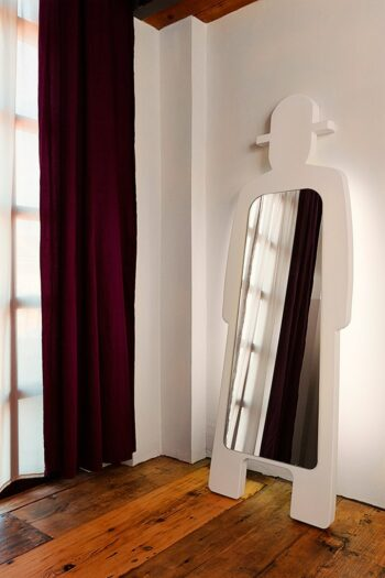 slide-design-spiegel-moebel-mr-gio-leiter-butler-deko-objekt-shop-design-5