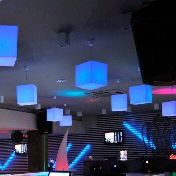 objekt-led-leuchten-wuerfel-kubus-20-75-cm-slide-cubo