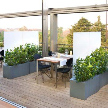 raumteiler-pflenzgefaess-slide-prive-design-pflanzkasten-sichtschutz