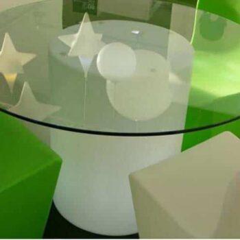 slide-beleuchteter-designer-glastisch-arthur-gastronomie-event-objekt-moebel