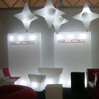 slide-beleuchtung-gio-wind-leucht-paravent-raumteiler-display-beleuchtet