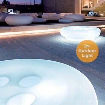 slide-bot-one-sitzbank-pouf-sitzinsel-beleuchtet-in-outdoor-light