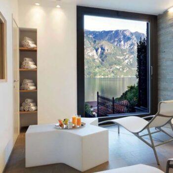 slide-design-exklusive-kunststoff-moebel-ablage-beleuchtet-ypsilon-indoor-outdoor