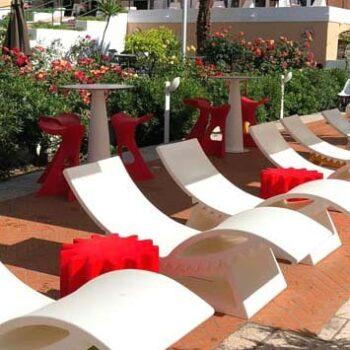 slide-design-hotel-ausstattung-tic-tac-liege-gear-ablage