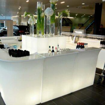 slide-design-jumbo-bar-beleuchtet-theke-tresen-beleuchtung-1