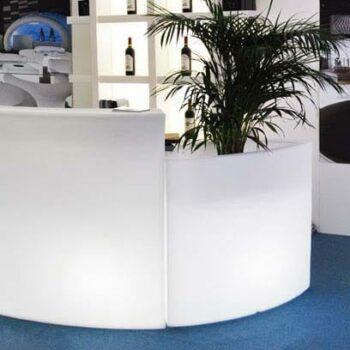 slide-design-ice-bar-beleuchtet
