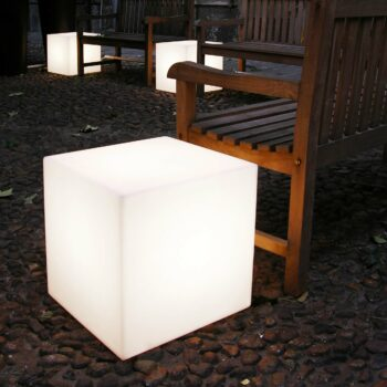 slide-sitzwuefel-beleuchtet-kunststoff-in-outdoor-weiss-oder-farbig-cubo-light