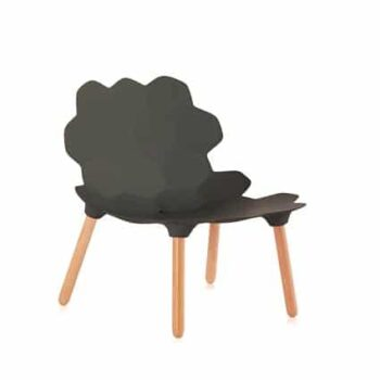slide-tarta-tiefer-lounge-stuhl-holzbeine