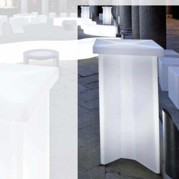slide-x2-design-bartisch-stehtisch-beleuchtet-objekt-event-bar-moebel