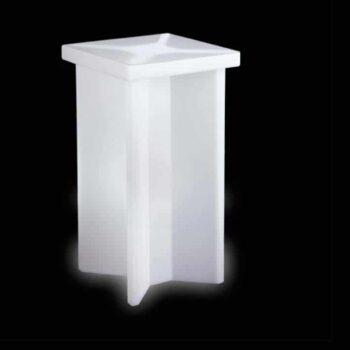 slide-x2-design-bartisch-stehtisch-beleuchtet-objekt-event-moebel
