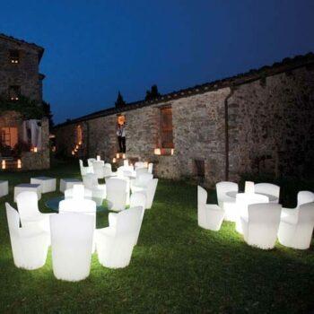 slide-zoe-design-stuhl-beleuchtet-messe-objekt-gastronomie-design-moebel-1