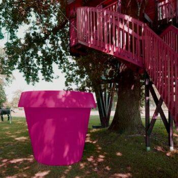 xxl-pflanzgefaess-pink-fuchsia-oeffentliche-blumenkuebel-pflanztrog-extra-gross
