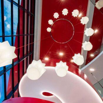 objekt-design-leuchte-haengelampe-slide-pandora-kuchen-form-exklusiv-beleuchtungen