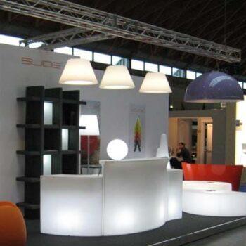 slide-bln-messe-stand-beleuchtung-objekt-design-pendelleuchte-haengeleuchte