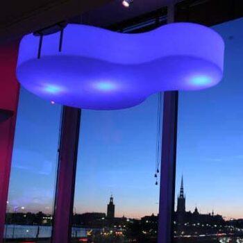 slide-design-beleuchtung-nuvola-xl-deckenleuchte-pendelleuchte-gastronomie-messe-objekt-beleuchtung