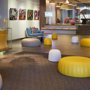 slide-design-sitzmoebel-hotel-ausstattung-foyer-gelee-grand-1