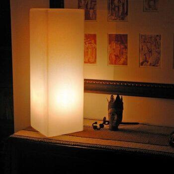 slide-leucht-quader-saeule-io-in-outdoor-design-deko-beleuchtung