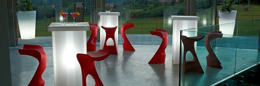 slide-design-x-time-bar-steh-tisch-beleuchtet-koncord-barhocker-1