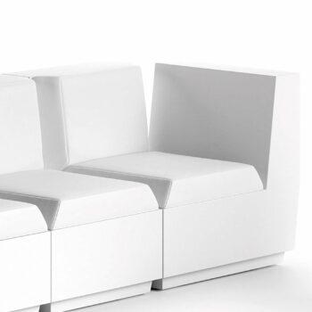 big-cut-corner-chair-plust-kollektionen-objekt-hotel-terrassen-moebel
