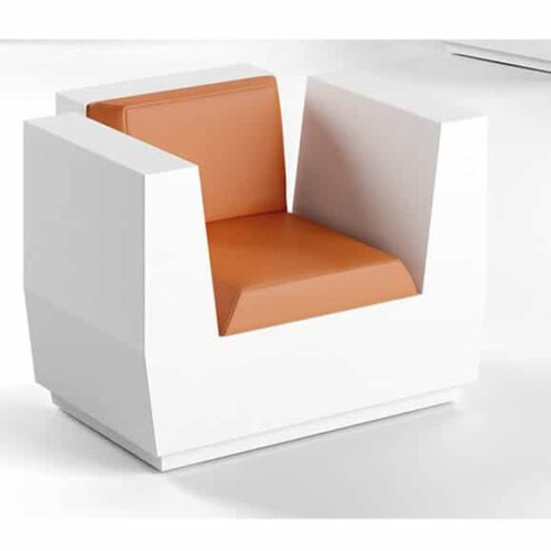 plust-big-cut-armchair-exklusiv-hotel-in-out-1