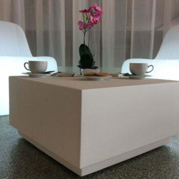plust-exklusiv-objekt-design-garten-outdoor-lounge-tisch-big-cut-collection