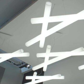 slide-mesh-design-xl-led-haengeleuchte-1