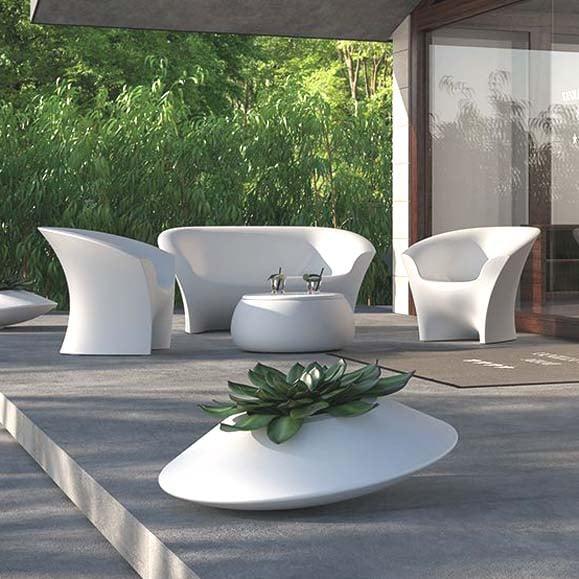 plust ohla sofa lack indoor outdoor casaplanta. Black Bedroom Furniture Sets. Home Design Ideas
