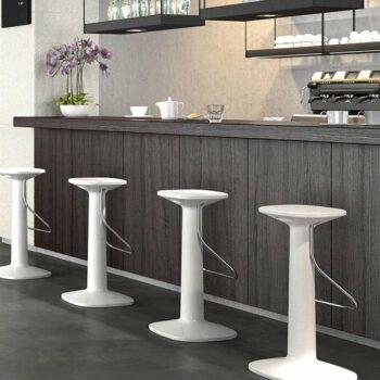 design-barhocker-gastronomie-bar-moebel-plust-tool