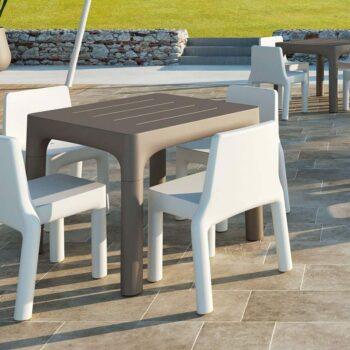 plust-simple-collection-outdoor-objekt-moebel