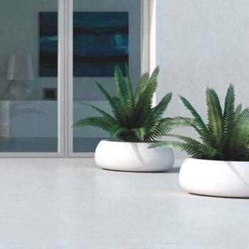 plust-t-ball-pot-xl-design-exklusives-pflanzgefaess-rund-weiss