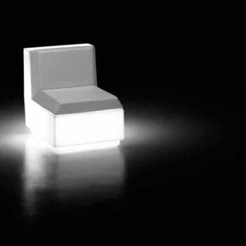 beleuchtete-moebel-sofa-modul-plust-big-cut-light